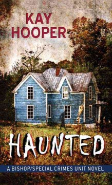 Haunted - Kay Hooper.