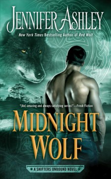 Midnight wolf /  Jennifer Ashley.