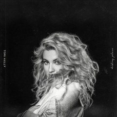Hiding place /  Tori Kelly. - Tori Kelly.