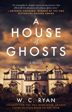 House of Ghosts : A Gripping Murder Mystery Set in a Haunted House